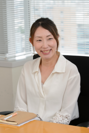 Customer Service Department, Contract Services Section Car Contract Office Ai Ishiyama